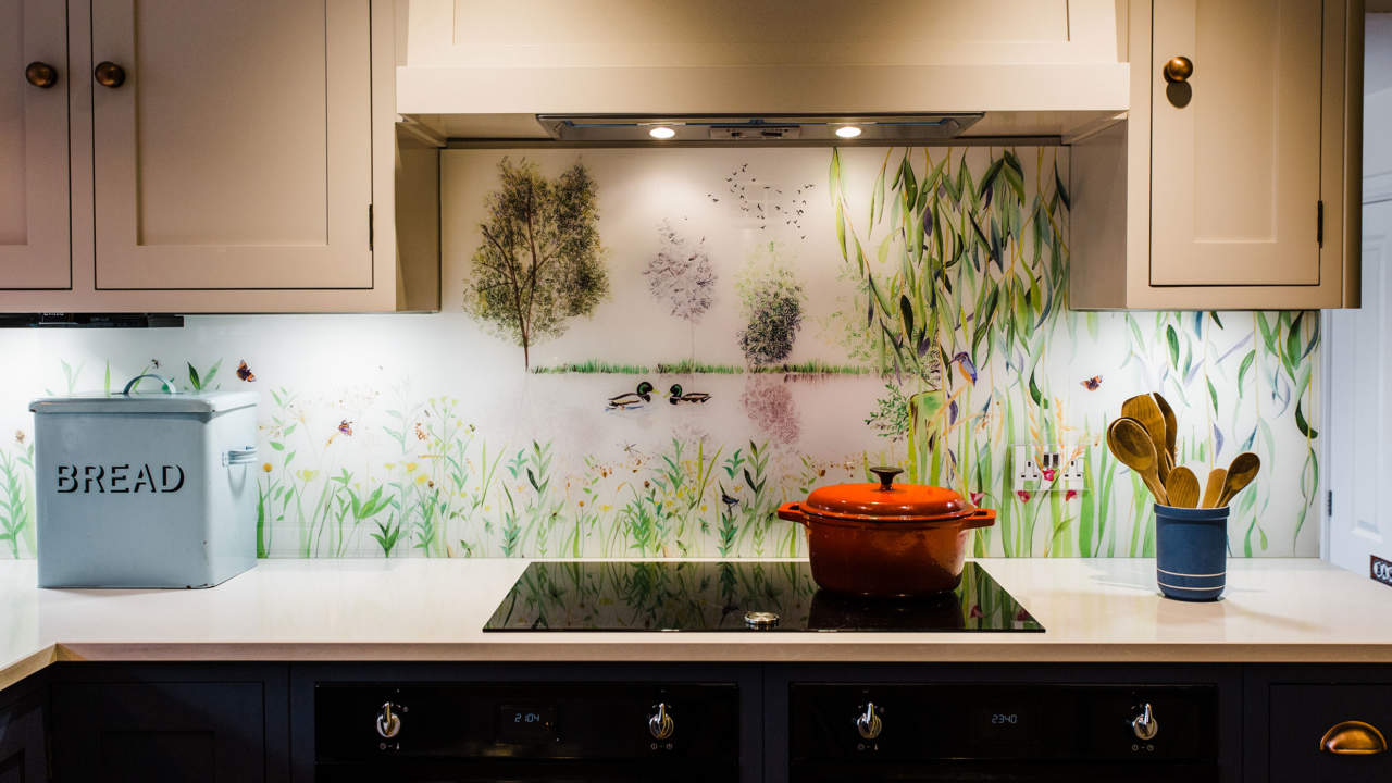 Bespoke Splashback Commission Cirencester. Glass Splashback behind hob