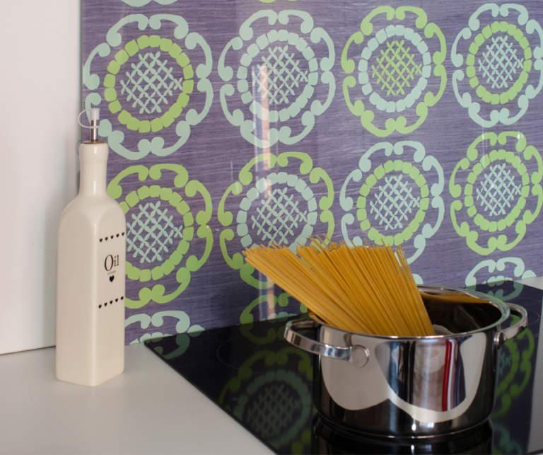 Mint Geo in Grey Glass Splashback